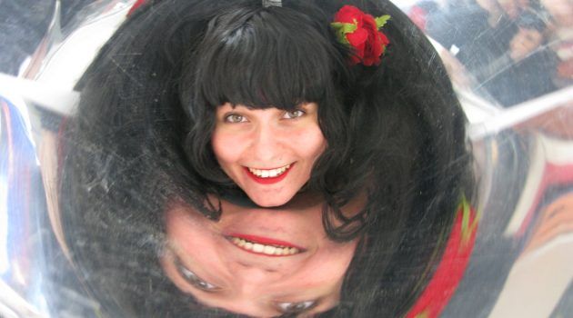 woman with mirror around her head